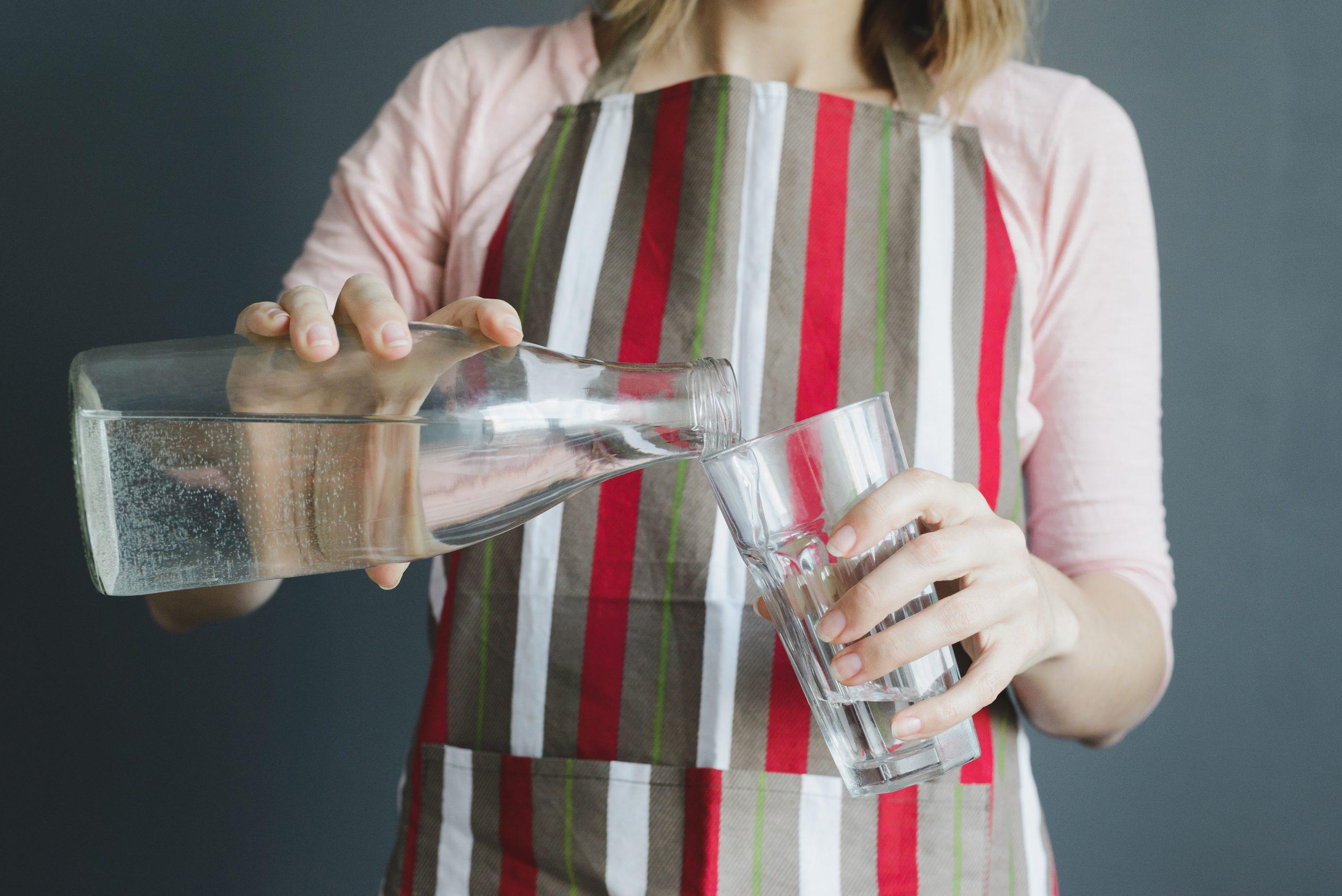 Entenda os sinais de que você está bebendo pouca água